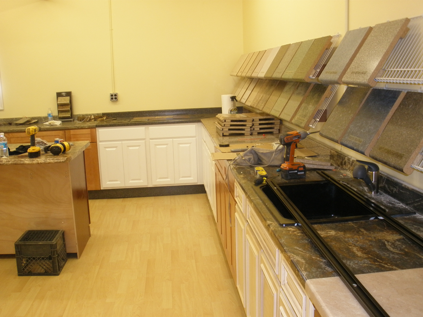 Workshop Countertop The Countertop Outlet In Peabody Ma About