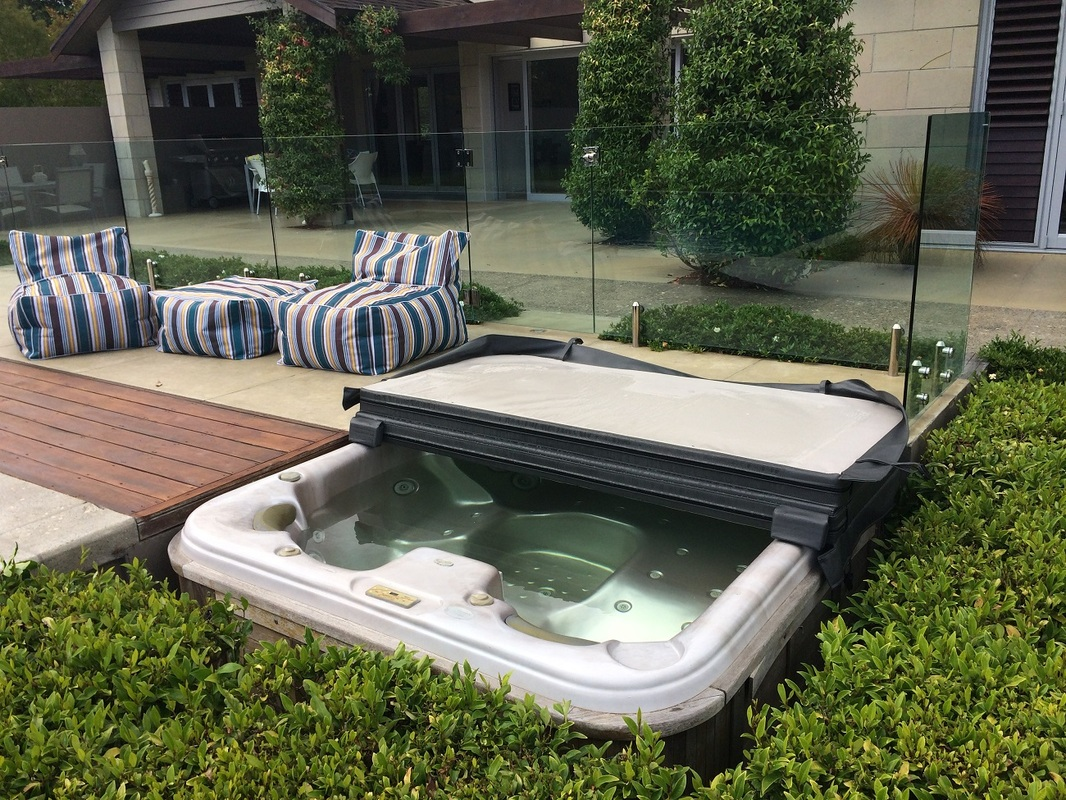 Jacuzzi Pool Covers Spa Covers The Cover Guy Spa Pool Covers Auckland Spa Pool