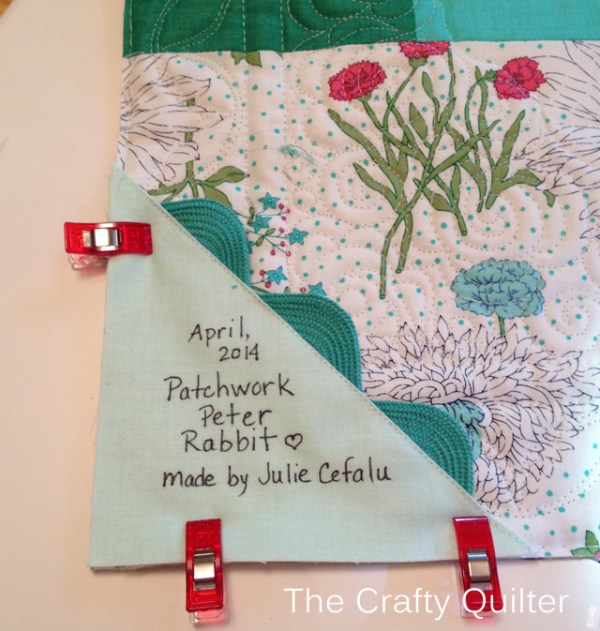easy quilt label from The Crafty Quilter