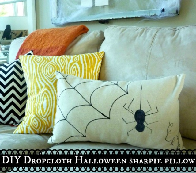 DIY-Dropcloth-Halloween-Sharpie-Pillow-at-The-Happy-Housie