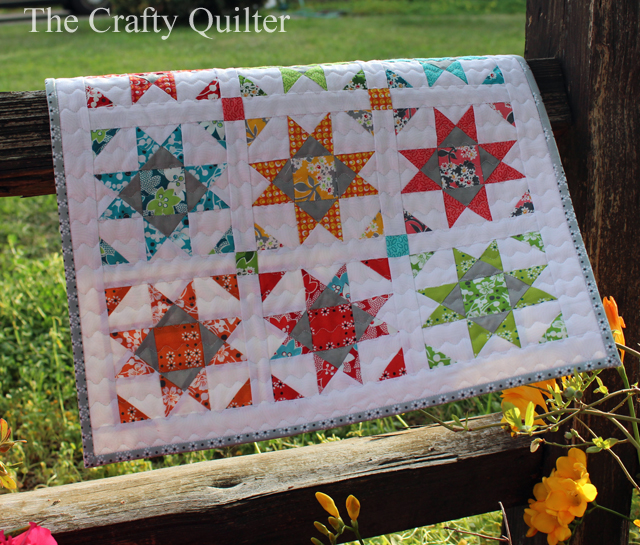 Mini Shine Quilt made by Julie Cefalu