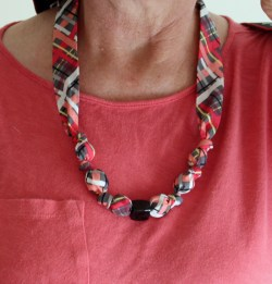 Fabric Covered Bead Necklace Tutorial