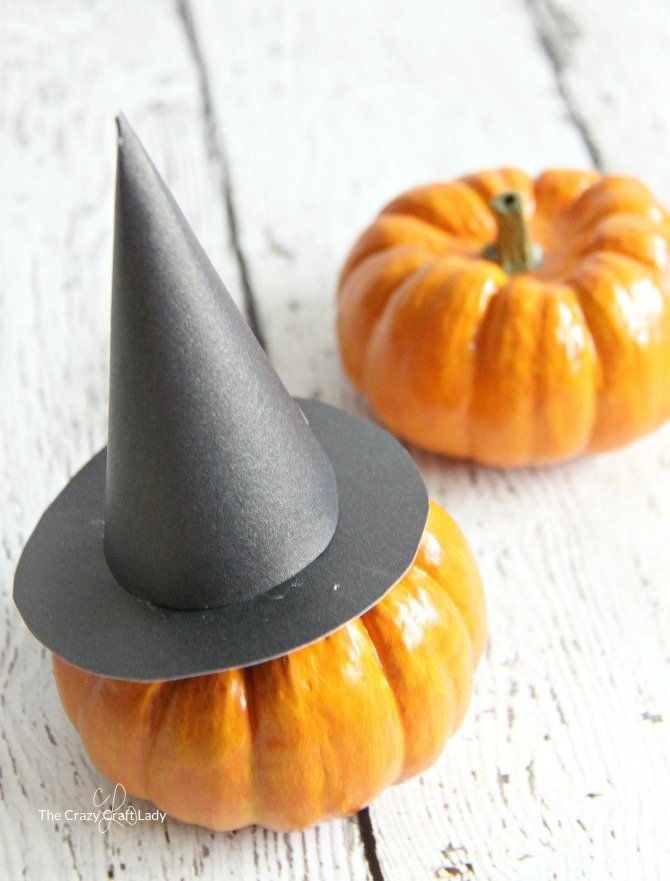 Mini Witch Hat and Printable Template for Halloween - The Crazy