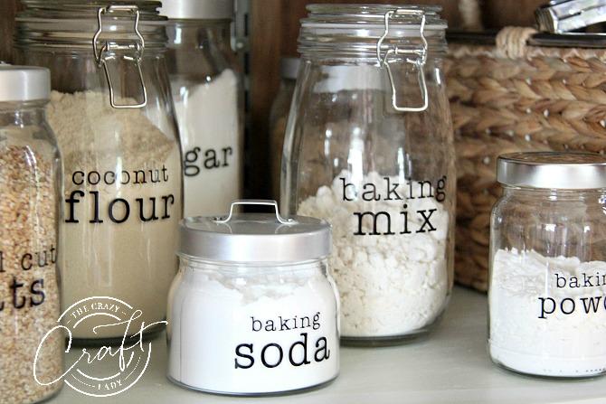 Customize and Create DIY Pantry Labels using your Cricut - The