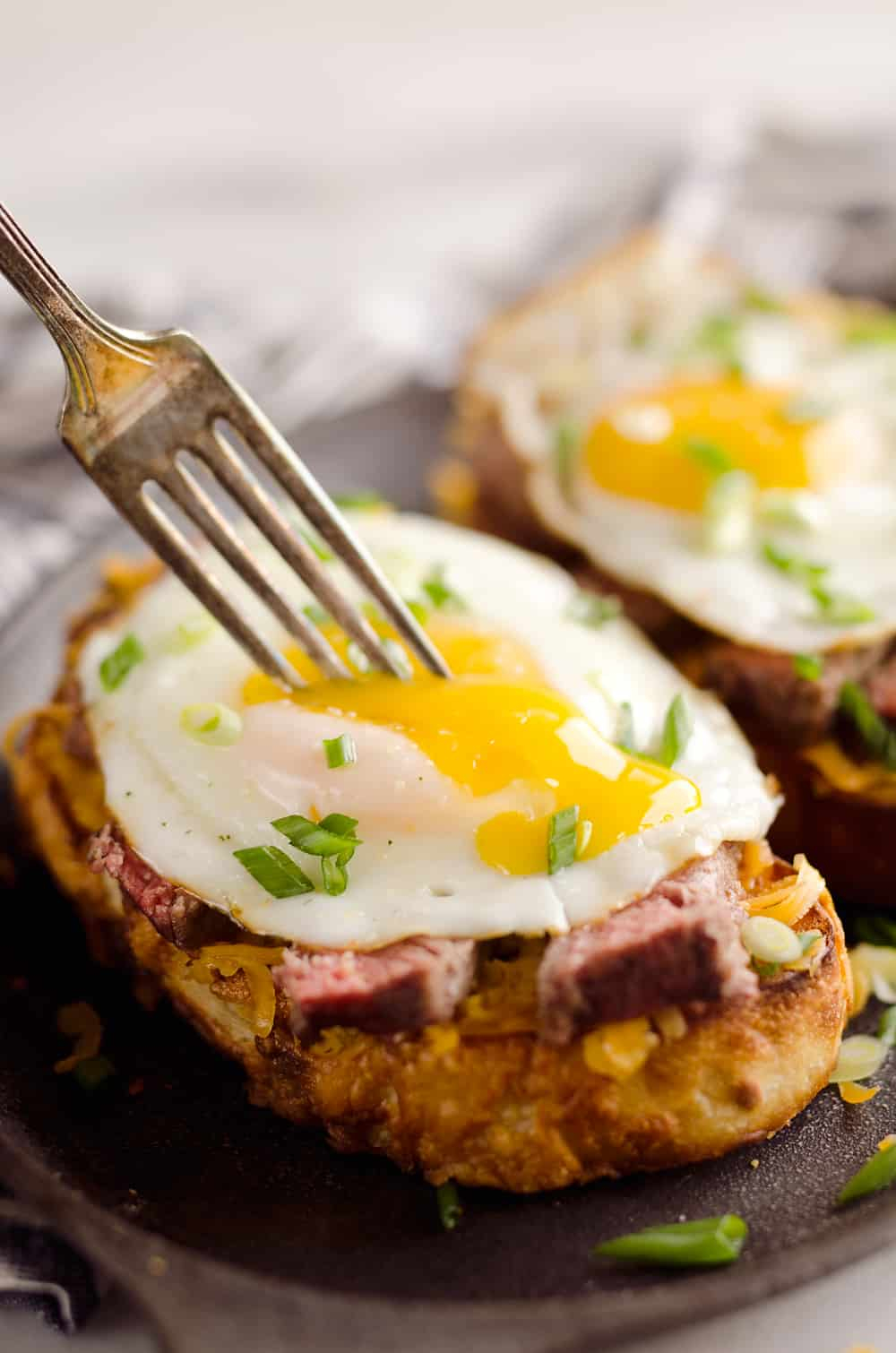 Brunch Best Breakfast Steak Cheddar Toasts