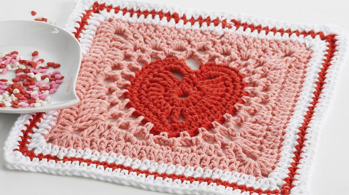 Crochet Afghan Patterns With Hearts : Heart Squares & Afghan + Tutorial - The Crochet Crowd