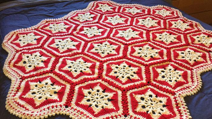 Scandinavian Snowflake Crochet Afghan + Tutorial