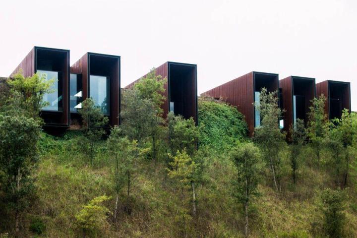 CASA HORIZONTE . Vall de Bianya . RCR Arquitectes .