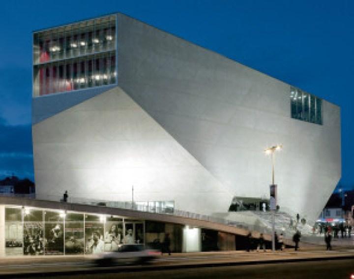 Casa da Musica, Oporto. Rem Koolhaas