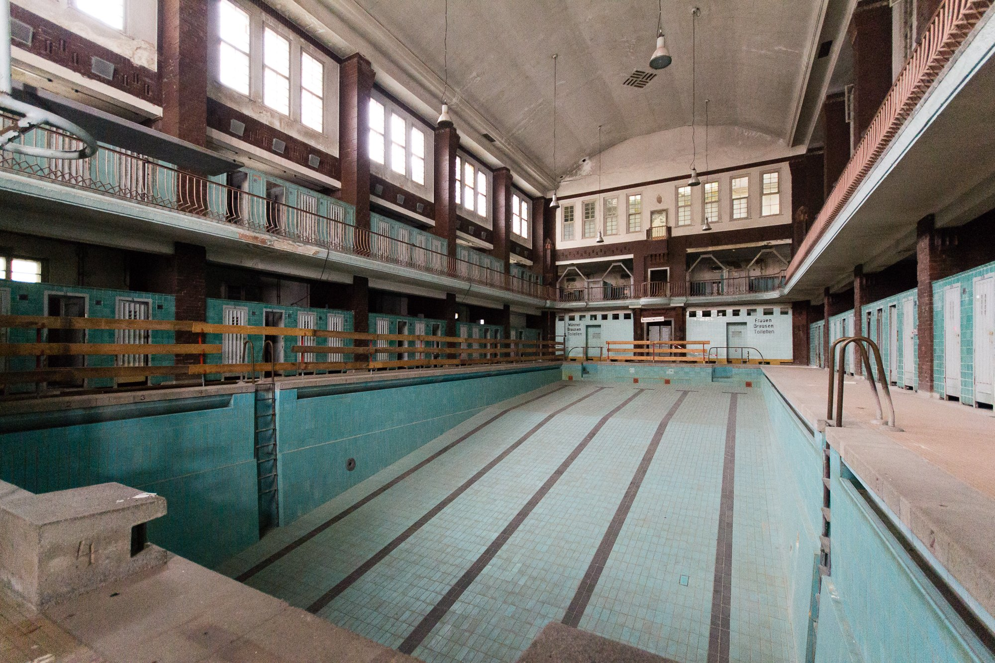 Swimmingpool Berlin Abandoned Berlin Photographs From An Urban Explorer