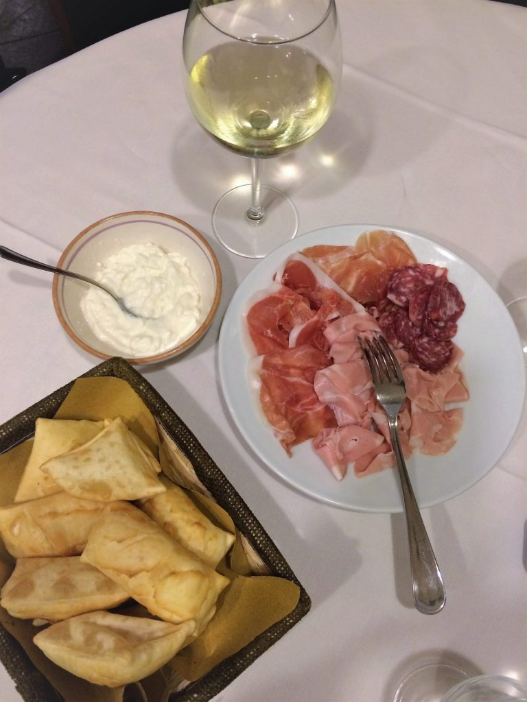 Ristorante Cucina Albanese Bologna Where To Eat And Drink In Bologna Italy Curious Appetite
