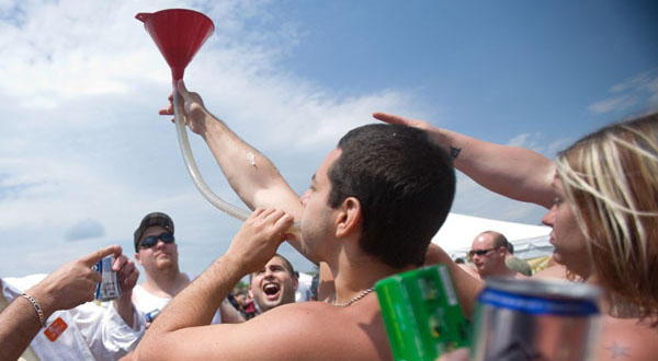 About half of Md. college students report binge drinking