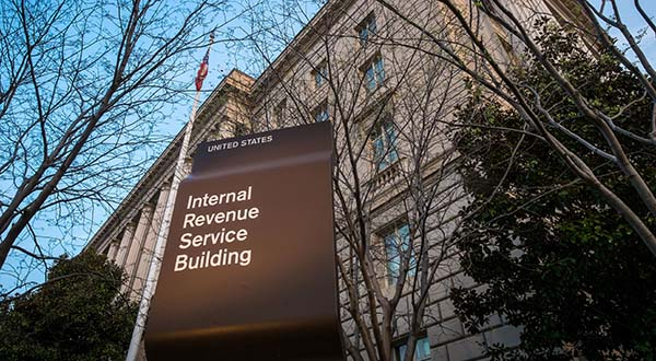104,000 taxpayers have personal info stolen from IRS website