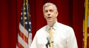 Duncan tells Baltimore crowd that colleges need to focus on student success