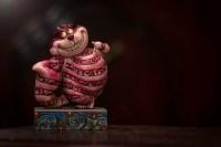 Alice In Wonderland Dog Costumes: Queen of Hearts ...