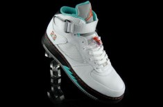 Air Jordan Force V Fusion (White/Teal/Spice)