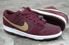 Nike SB Dunk Low Pro (Deep Burgundy/Metallic Gold)