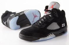 Air Jordan V Retro 2011 (Black/Metallic Silver)