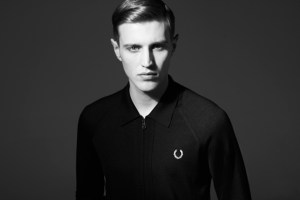 Fred Perry Laurel Wreath 60 Year Anniversary Blank Canvas