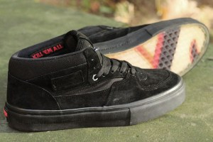 "Vans x Metallica ""KILL 'EM ALL"" Half Cab"