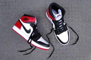 "Air Jordan 1 Hi OG Retro ""Black Toe"""