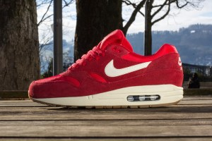Nike Air Max 1 (Gym Red/Sail)
