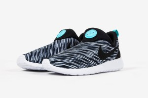 Nike Roshe Run Slip On GPX (Black/White)