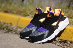 Nike Air Huarache (Black/Atomic Mango)
