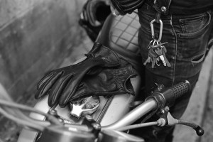 Desillusion x Iron & Resin leather gloves