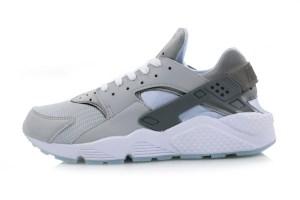 Nike Air Huarache LE 'Wolf Grey'