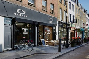 Oakley opens pop-up cycling workshop in London