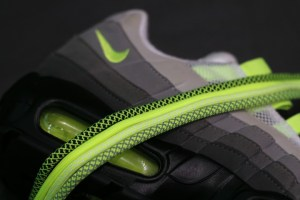 Debut: Ropes 'OG Neon' lace pack