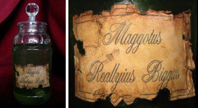APOTHdloweJARwLABELaged Halloween Specimen Jars