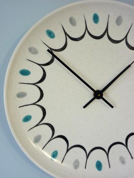 plate clock by bluelakestudiowi on etsy Handmade Clocks