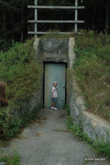 DSC 4391 Ghost Town:  Cave City, Kentucky