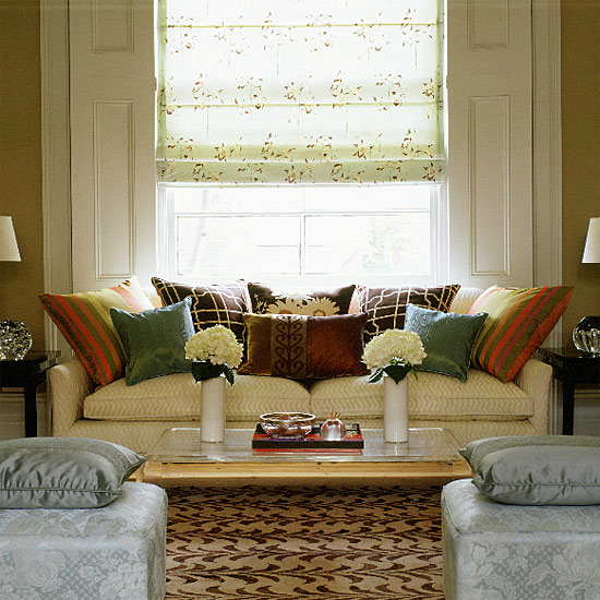 symmetrical living room via housetohome co uk How Symmetry Can Bring You Peace
