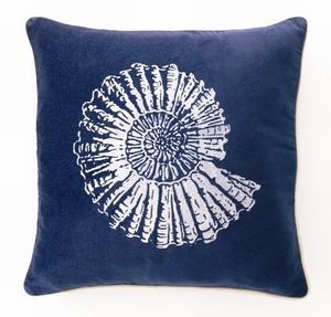 blue velvet nautilus pillow carons via sallyleebythesea blogspot Blue Velvet, Baby!