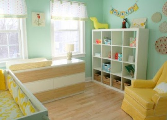 yellowaqua nursery via customnurseryart blogspot Gender Neutral Nurseries
