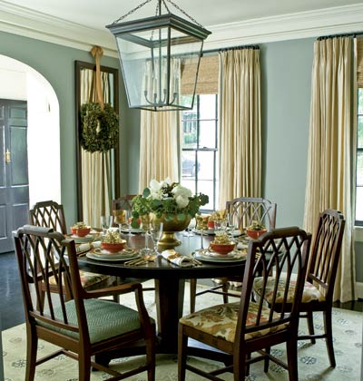 blue gray dining room via myhomeideas How To Choose the Right Color for Your Walls