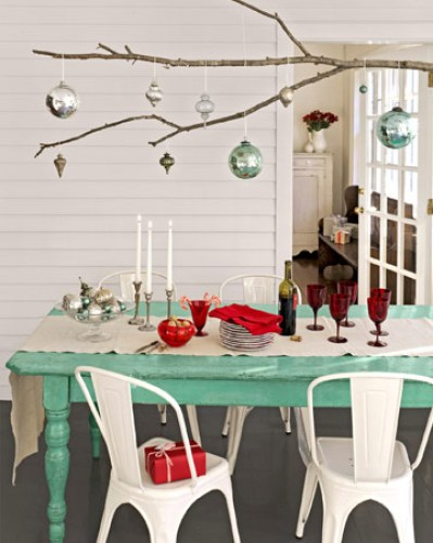 christmas branch dining via cl Christmas Decor Branches Out