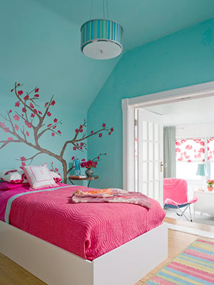 turquoise room from bhg via addicted2decorating Pink + Turquoise = Its a Festivus Miracle!
