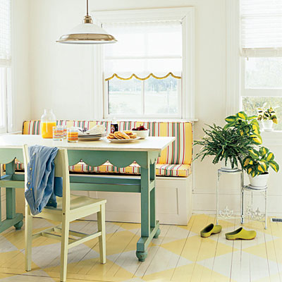 table bench breakfast nook via southernliving Banquette Bonanza & Free Virtual Design!