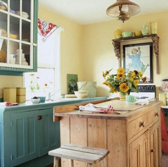 wythe blue cabinetry amarillo cottage via decoracionencocinas Nashville Color Expert Announces 2012 Color of the Year: Wythe Blue