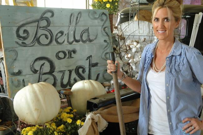 DSC 0549 Me at the Flea:  Bella Rustica 2012