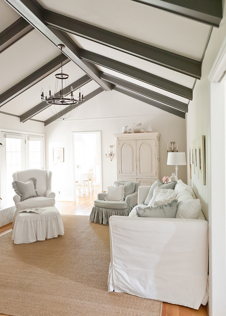 DSC 8336 23 Creating Heaven on Earth: The Right Paint Colors for Belgian Chic