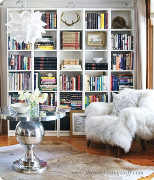 f7bc19fc488d04ab6d3b3d73626a8cae 512x600 How to Style a Gorgeous Bookcase