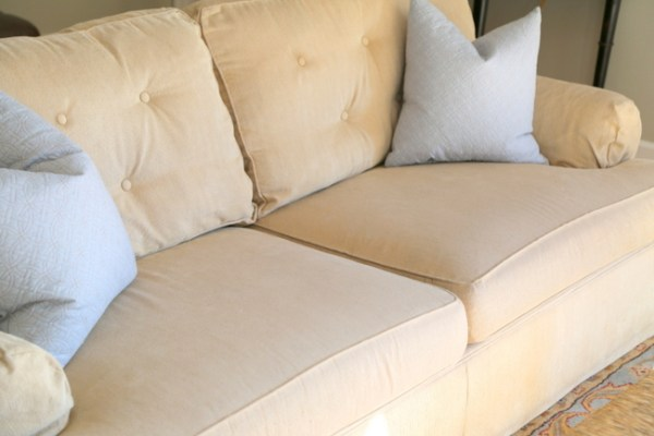7O3A3902 600x400 Quick Fix for Tired Sofa Cushions