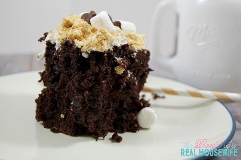 S39mores Poke Cake The Diary Of A Real Housewife