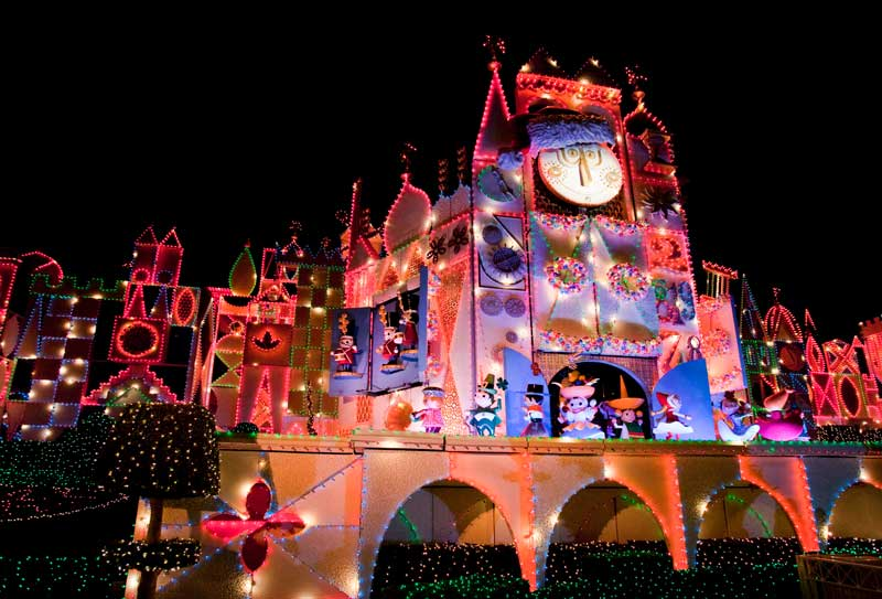12 things not to miss at this yearu0027s Disneyland Holiday Season - disneyland christmas decorations