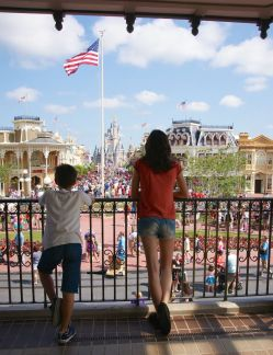 Throwback Thursday -main st usa 2013 - Olivier